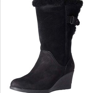 Ugg wedge boot